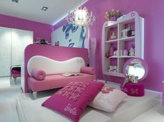 The new Barbie Grand Hotel Savoy Suites of Cortina d'Ampezzo is done up in pink with a Barbie theme.