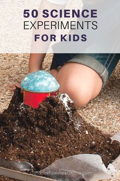 Are you looking for cool science experiments for kids at home or for class? We've got you covered! Try all 50 of these easy outdoor science experiments for kids using ordinary household items. - Kids education and learning acts School Science Experiments, Preschool Science, Science Fair, Science For Kids, Life Science, Elementary Science, Teaching Science, Outdoor Activities For Kids, Science Activities