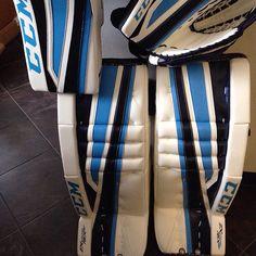 Cool green goalie pads | Sports ware | Goalie pads, Hockey