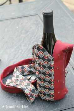 Necktie Wine Tote {Tutorial} - The Girl Creative