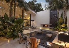 34 trendy home luxury mansions los angeles Outdoor Rooms, Outdoor Living, Modern Courtyard, Casa Patio, Los Angeles Homes, Celebrity Houses, Design Moderne, Trendy Home, Home Decor Inspiration
