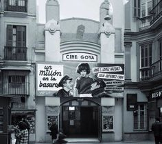 En la calle Calderería de Málaga teníamos  el cine GOYA. Local de estrenos de aquella época.