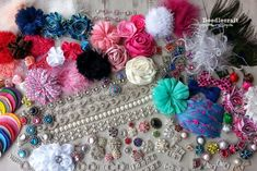 shabby+chic+pink+valentine+hair+bow+clip+flower+headband+rhinestones+chiffon+flowers+rosettes+rose+marabou+pouf+feathers+(2).jpg (690×460)
