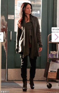 Joan Watson (Elementary) Style. Coolness personified. But I don't like the platform booties.