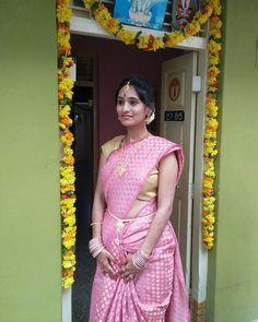 Indian Beauty Saree, Indian Sarees, Tamil Saree, Silk Sarees, Ariel Winter Bikini, Saree Navel, Bride Portrait, Beauty Full Girl, South Indian Actress