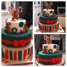 "christmas cake in ""Christmas"" — Photo 1 of 1"