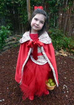 Disfraz casero caperucita roja/ handmade little red riding hood costume