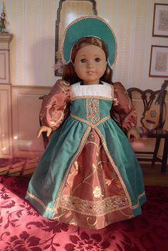 Gorgeous Tudor Dress!!