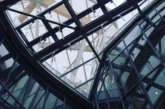 Fondation Louis Vuitton by Frank Gehry Paris Fondation Louis Vuitton, Frank Gehry, Us Travel, Trips, Louvre, Architecture, Building, Instagram Posts, Design