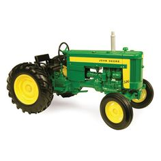 Features include a die-cast body and steerable wide front axle. Universal hitch allows tractor to hitch to 1/16 die-cast and Big Farm implements. Age grade: 8+ TBE45219