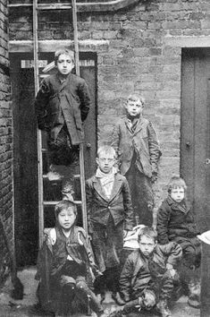 Tour Scotland Photographs: Old Photograph Boys Outside Tenement House Glasgow Scotland