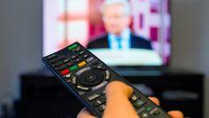 Beim Ansehen von Kinofilmen oder Live-Sendungen aus zweifelhaften Quellen bewegten sich Nutzer bisher in einer rechtlichen Grauzone. Das ändert sich nun durch ein Urteil des Europäischen Gerichtshofs.