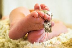 Tiny toes | Baby Feet | Newborn Pictures | Baby Pictures #jessicafrancisphotography