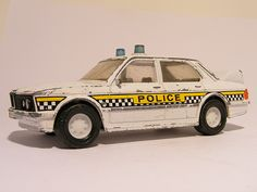 Bmw 5 Serie police Matchbox Super Kings These are for sale by https://www.speelgoedenverzamelshop.nl/modelautos_en_auto_curiosa/schalen/1:32_-_1:63/bmw_5_serie_engelse_politie_matchbox_super_kings_police.html