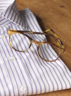 Silver Line Classic Frame in Matte Mahogany Designer Glasses For Men, Eyes Meme, Mens Glasses Frames, Basic Style, Still Life Photography, Reading Glasses, Eye Glasses, Spiritual Encouragement, Classic