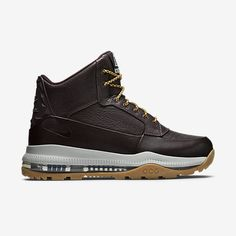 Nike Store, Nike Boots, Timberland Boots, Me Too Shoes, Men's Shoes, Shoes Sneakers, Kinds Of Shoes, Waterproof Boots, Tennis
