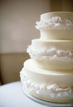 Superb Traditional White Wedding Cake With Pearls. Imaginary Cakes | Wilmington NC