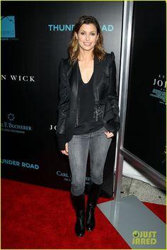 Bridget Moynahan (817×1222) Taurus, Bridget Moynahan, Beautiful People, Beautiful Women, Tom Selleck, Hollywood, Gisele Bundchen, Blue Bloods, Keanu Reeves