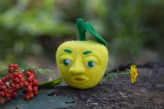 Apple Needle Felted Apple Face Yellow Wool Fall  от WooolyWool