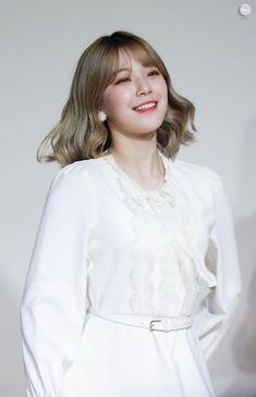#Jiheon #fromis_9 #지헌 #프로미스나인 Cute Korean, Korean Girl, Sexy Asian Girls, All White, Girl Fashion, Idol, White Dress, Blouse, Pretty