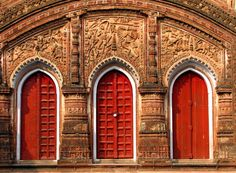 Doors at Char Bangla Temple in West Bengal, India. Photo by Tatemae (Flickr).
