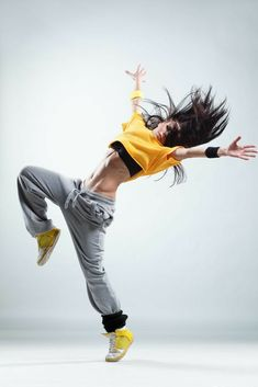 Current dancewear and an incredible leotards, swing, faucet and ballet sneakers, hip-hop apparel, lyricaldresses. Dance Photography Poses, Dance Poses, Street Dance Photography, Dance Tips, Baile Hip Hop, Hip Hop Dance Outfits, Mode Hip Hop, Country Dance, Country Music