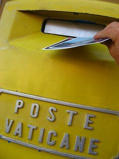 Mailing postcards from the Vatican #italy
