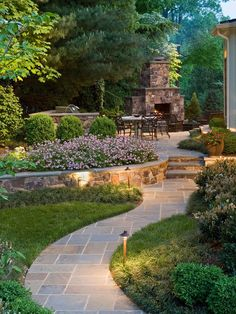 Beautiful backyard garden idea with travertine tiles path #travertine #tiles #home #exterior #garden #backyard #naturalstone