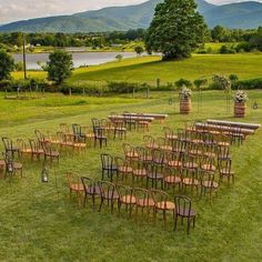 Those Blue Ridge Mountains and rolling hills provide such lovely scenery for outdoor weddings. Vineyard Wedding Venues, Valley Road, Shenandoah Valley, Blue Ridge Mountains, Outdoor Weddings, Southern Weddings, Countryside, Backdrops, Scenery