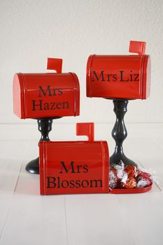 DIY Valentine Teacher Gift Idea made with Vinyl and Cutting Machine