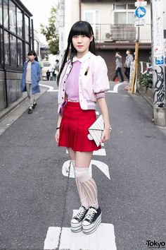 Nori is an 18-year-old student who we have been seeing around the streets of Harajuku for several years now.