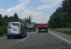 Vorhin, auf der B36, zwischen Eggenstein und Leopoldshafen: Elefantenrennen über mehr als zwei Kilometer. :-(