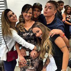 Image via We Heart It https://weheartit.com/entry/153028039/via/22216496 #nadine #rafaella #neymar #davidbrazil #njr