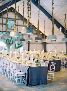 Inspiration of The Day Shabby chic wedding decor and table Unique Wedding Venues, Elegant Wedding, Wedding Ideas, Wedding Reception, Reception Design, Reception Ideas, Wedding Blog, Wedding Ceremonies, Rustic Weddings