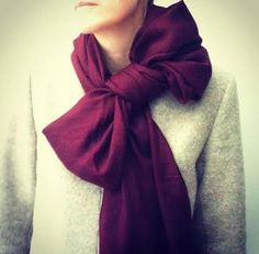 How to Wear Your Scarf: The Bow | The LV Guide