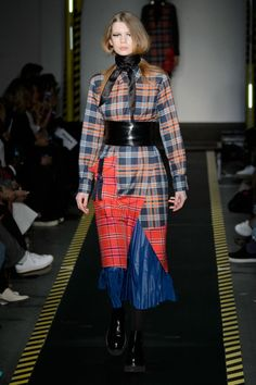 Pin for Later: The 12 Fashion Trends You'll Be Wearing This Fall  House of Holland Fall 2015