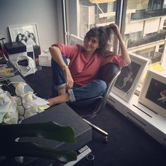 """Loïc Prigent's Instagram post: """"Dernier rendez-vous de boulot avant les vacances"""""""