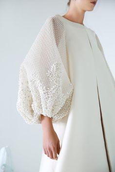 """Travel Dress for Rouge Organa Azzi & Osta, Fall 2018 Nikolai Couture Collection "" Fashion Mode, Abaya Fashion, Modest Fashion, Look Fashion, Fashion Details, Couture Fashion, Fashion Dresses, Womens Fashion, Fashion Design"