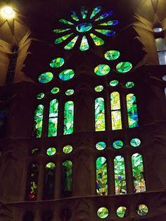 Oana M. Roman: Ce mi-a placut in Barcelona si de ce m-as intoarce acolo oricand. Totul presarat cu fotografii sugestive