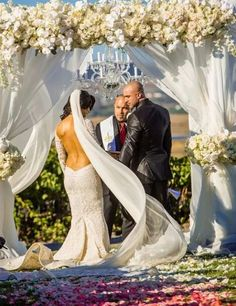 On August 22, 2014, Natalie Marie Nelson (WWE Diva Eva Marie) married Jonathan Coyle at Viansa Winery in Sonoma, California. The couple, who eloped several months ago, had their wedding featured on the E! reality show Total Divas season three.