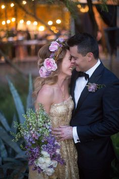 Photography : Elizabeth McDonnell Photography | Floral Design : Butterfly Petals | Wedding Dress : Sarah Seven Read More on SMP: http://www.stylemepretty.com/2014/10/23/golden-bohemian-affair-in-arizona/