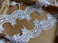 Ivory Lace Trim, Alencon Style Flower Lace, Scalloped Trim Fabric, Ivory Wave Lace