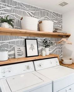 Cheap Home Decor Need to organize your small laundry space? Here are 15 of our best laundry closet organization ideas! Home Decor Need to organize your small laundry space? Here are 15 of our best laundry closet organization ideas! Small Laundry Space, Laundry Room Design, Laundry Decor, Modern Laundry Rooms, Small Spaces, Laundry Room Colors, Farmhouse Laundry Room, Farmhouse Closet Storage, Bathroom Laundry Rooms