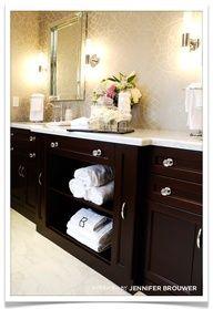 master bath. Paint design behind double vanity instead of tile?