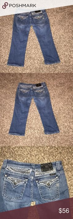 "Miss Me Distressed Capris Miss Me Distressed Capris. Size 30. Inseam 21"". Miss Me Jeans Ankle & Cropped"