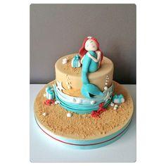 """""""Little mermaid is 18 now #mermaid #mermaidcake #littlemermaidcake"""""""