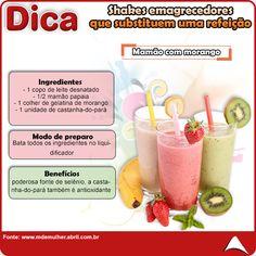 QUEM DISSE QUE FAZER EMAGRECER É DIFÍCIL ??  SEPARAMOS UMA SÉRIE DE SHAKES QUE SUBSTITUEM UMA REFEIÇÃO, SUPER PRÁTICOS DE DELICIOSOS PRA VOCÊ !!!  A DE HOJE É MAMÃO COM MORANGO !!  FIQUE DE OLHO EM NOSSAS POSTAGENS :b  #shake #emagrecer #fitness #eucurtoatenas
