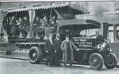 Yelloway Motor Services - Holt Bros (Rochdale) Ltd Antique Trucks, Vintage Trucks, Antique Cars, Rochdale, Bus Coach, Busses, Stirling, British History, Vintage Photos