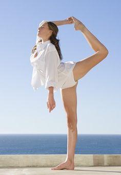 L'Iyengar yoga travaille sur l'alignement postural. Découvrez si cette forme intense de yoga est faite pour vous !