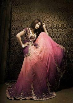 Exclusive Pakistani Female Bridal Dress Tena Durrani Bridal Wear Collection 2015, Jewellery by Jawahir friendsmania.net